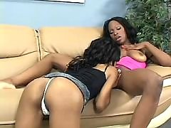 Doll licking pussy of latex black lesbian