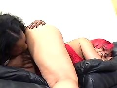 Two black lesbians play oral game in bath